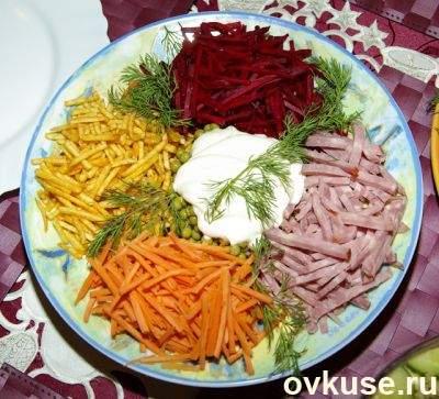 рецепты салатов похожих на салат радуга
